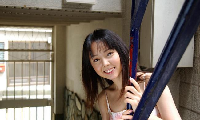 Пушистая азиатка жаждет впустить в себя громадный член фото порно. Порно японка желает.