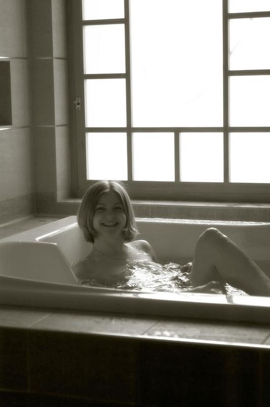 Фото галерея Оленьки в ванной. Порно Фото галерея Оленьки.