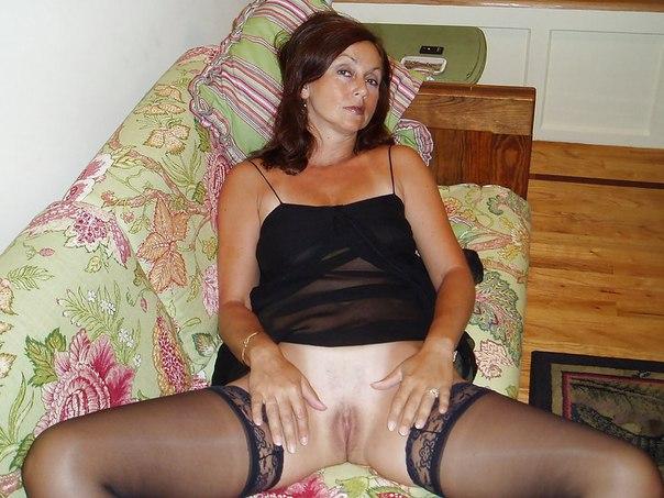 Милые тетеньки с изящными вагинами ххх фото. Порно тетенька.