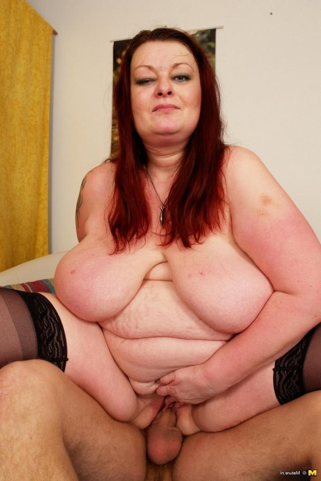Сынок жарит свою мать толстушку секс фото. Порно жарить.