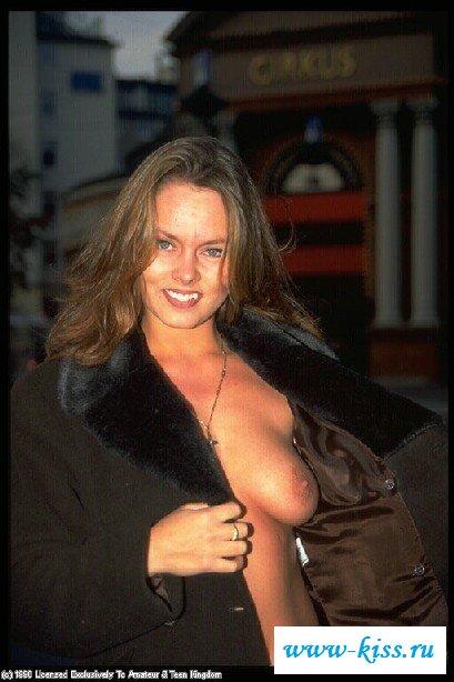 Красивая мамаша с без трусов грудями. Порно красивый.