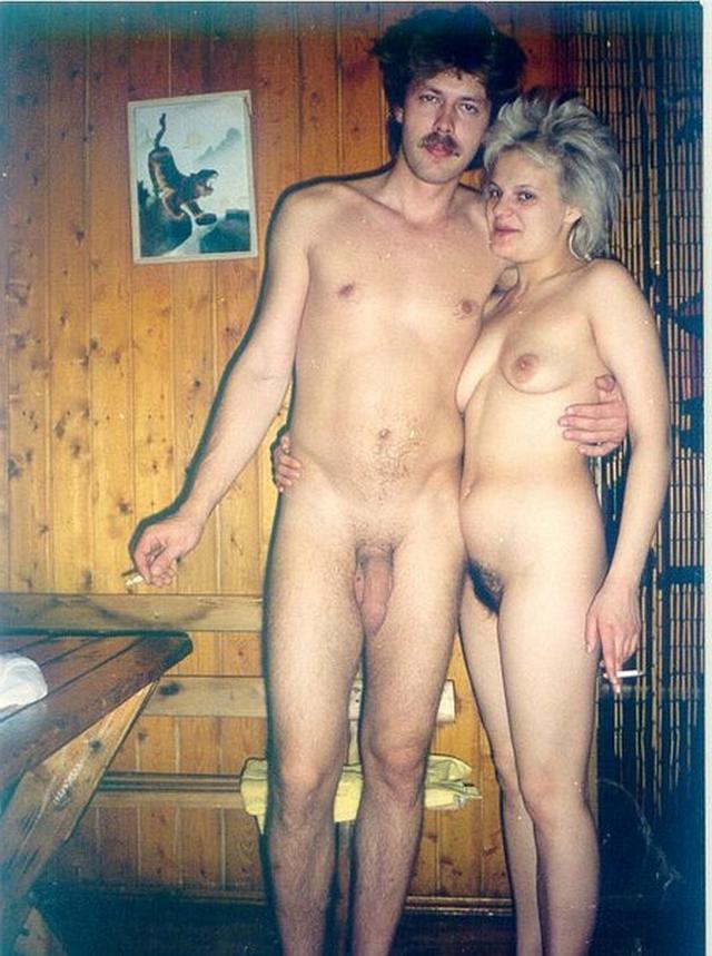 Влажные пары занимаются любительским совокуплением. Порно влажный.