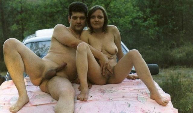 Влажные пары занимаются любительским совокуплением. Порно занимать.