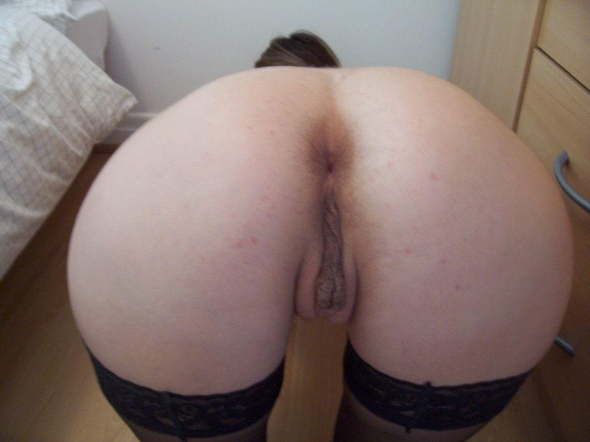 Молодая британка Катрин не на шутку возбудилась от раздетой фотосессии. Порно молодая.