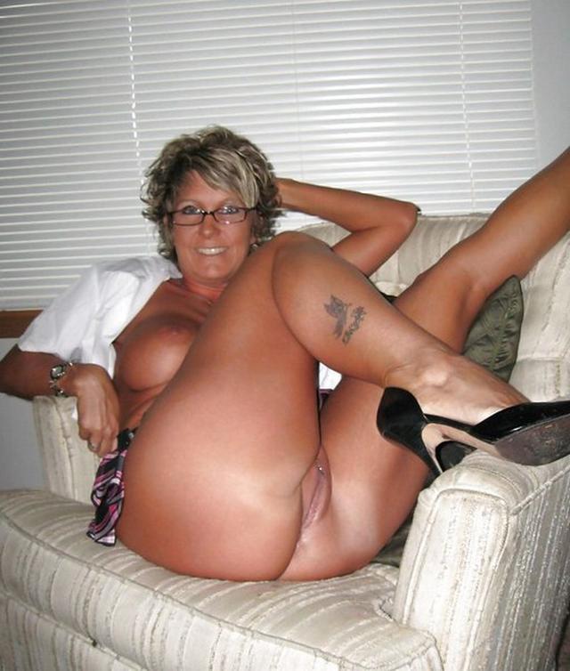 Сорокалетние милашки реально перевозбудились фото порно. Порно милашка.
